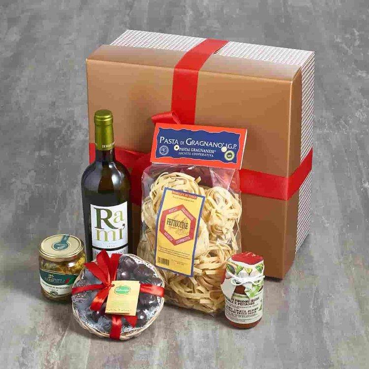 Italian Vegan Dinner for Two Gift Hamper Inc. Pasta, Pate & Wine