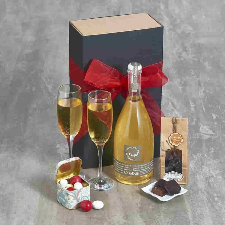 'Fabulous Fizz & Chocolate' Italian Gift Hamper Inc. Prosecco, Espresso Chocolates & Nuts