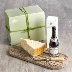 'Il Classic' Vinegar & Cheese Gift Hamper - Balsamic Vinegar & 36 Month Aged Parmigiano Reggiano