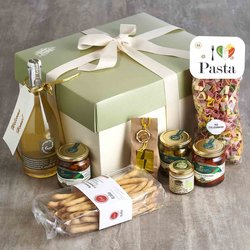 'Honeymoon Welcome Home' Italian Gift Hamper Inc. Prosecco, Pasta, Truffle Sauce & Chocolate