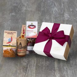 Calabrian Chilli Gift Box with Chilli Powder, Whole Chillies & 'La Bumba' Spicy Spread