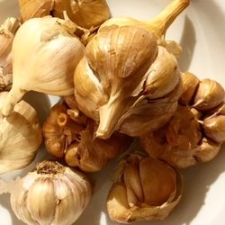 10 Cold Smoked Garlic Bulbs