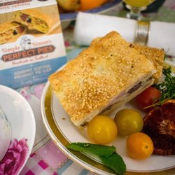 4 x Gourmet Scottish Breakfast Puff Pastry Pie Slice with Bacon, Eggs & Baked Beans (4 x 200g)