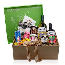 'Sweet Temptation' Greek Sweet Gift Box Inc. Strawberry Jam, Wine, Chocolate & Snacks