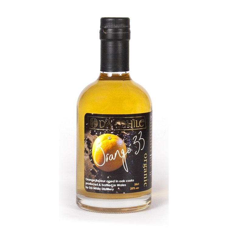 25% ABV. Organic Orange Liqueur 35cl