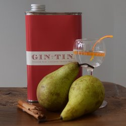Packham Pear, Cinnamon & Orange Peel 'No. 14' Gin In A Tin 50cl