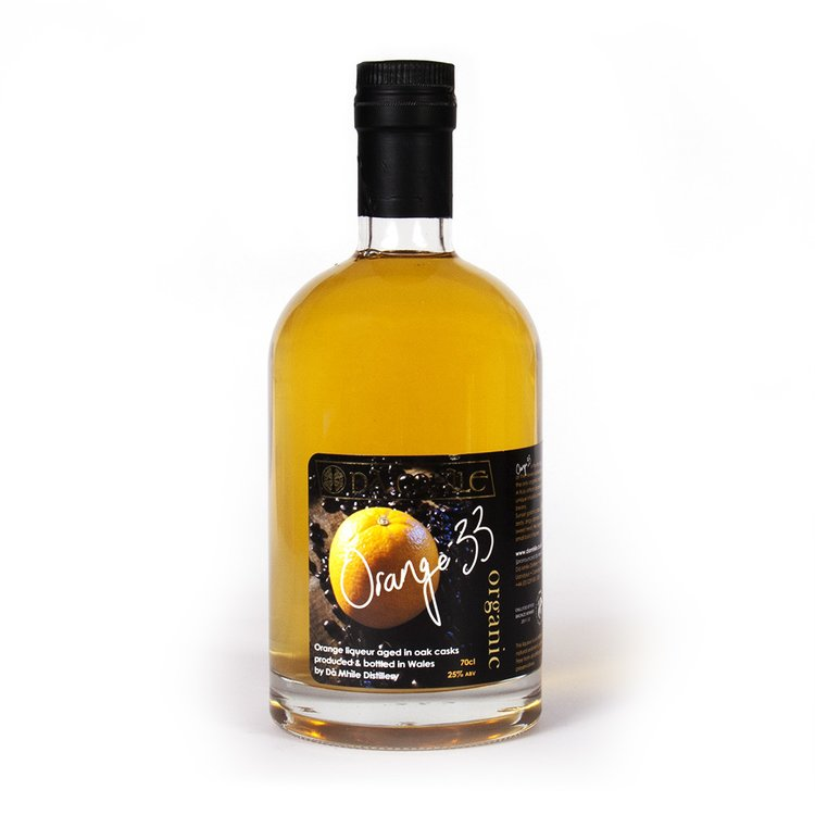 25% ABV. Organic Orange Liqueur 70cl