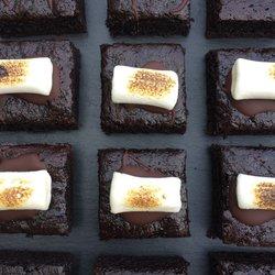 12 Vegan Toasted Marshmallow Chocolate Brownies