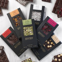 6 Raw Organic Vegan Chocolate Bars Gift Set Inc. Pistachio, Coconut & Sour Cherry