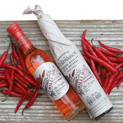 Gift Wrapped Hot Bird's Eye Chilli Canola Oil 250ml
