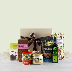 Luxury Superfood Hamper Gift Box Inc. Chocolate, Baobab Powder, Matcha Green Tea & Avocado Oil