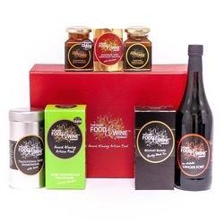 'The Celtic Artisan' Gift Box Inc. Non-Alcoholic Ginger Port, Mango & Chilli Chutney & Irish Shortbread