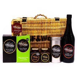 'The Gourmet Irish' Gift Hamper Inc. Non-Alcoholic Ginger Port, Chocolate Truffles & Shortbread in Wicker Hamper