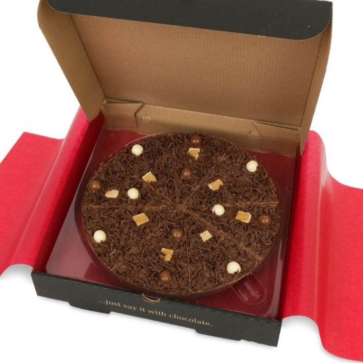 "7"" 'Heavenly Honeycomb' Belgian Chocolate Pizza Gift Box with Vanilla Fudge 260g"