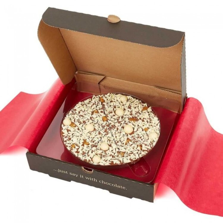 "7"" Salted Caramel Belgian Chocolate Pizza Gift Box with White Chocolate Rice Balls 260g"