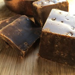 Sea Salt Caramel Fudge 100g