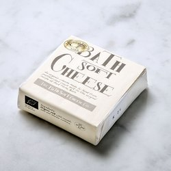 Organic Bath Mild Soft Cheese 225g (Brie Style)