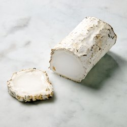 Farleigh Wallop Goat's Cheese Log 210g By Alex James & White Lake
