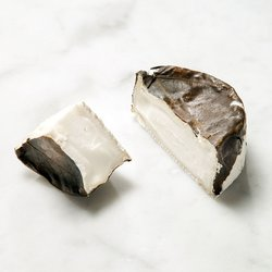 'Eve' Goat's Cheese in Vine Leaves 140g