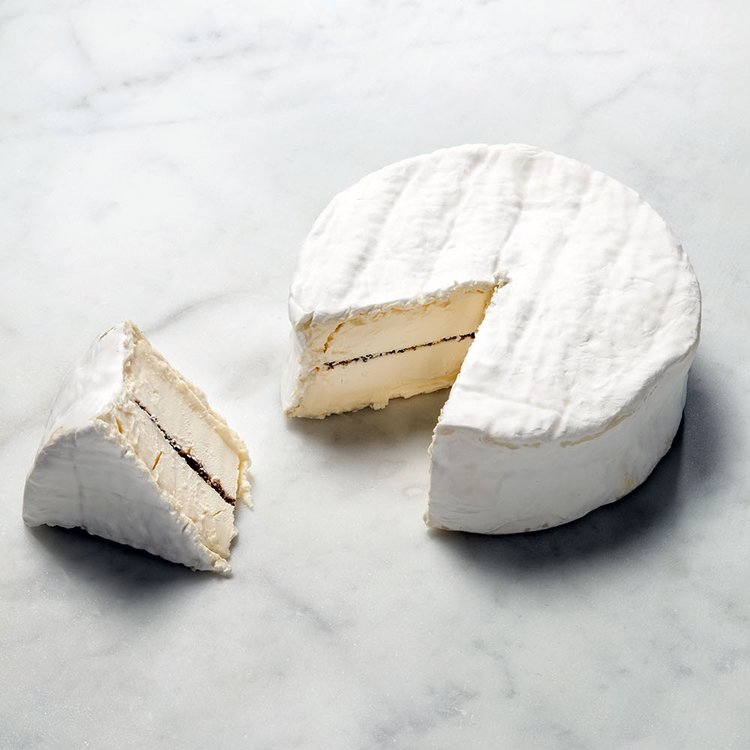 Brillat Savarin Cheese With Truffles 500g