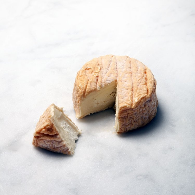 Chablis Wine Washed Soft Cheese 200g
