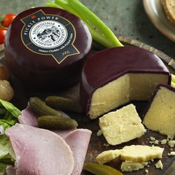 'Pickle Power' Mature Cheddar Cheese with Pickled Onions 200g by Snowdonia Cheese Company