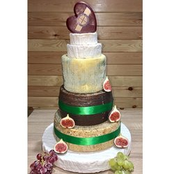 Heart-Topped Cheese Cake Tower with Camembert, Manchego, Brie & Godminster Heart Shaped Cheddar (For Weddings & Parties)