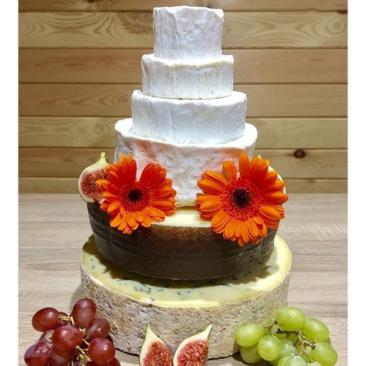 Cheese Cake Tower with St Thomas Goat's, Camembert, Pierre Robert, Stilton & Manchego (For Weddings & Parties)