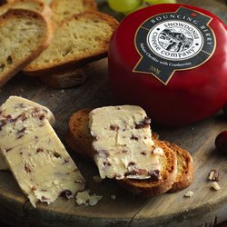 'Bouncing Berry' Mature Cheddar Cheese with Cranberries 200g by Snowdonia Cheese Company