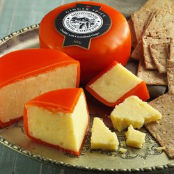 'Ginger Spice' Medium Cheddar Cheese with Ginger 200g by Snowdonia Cheese Company