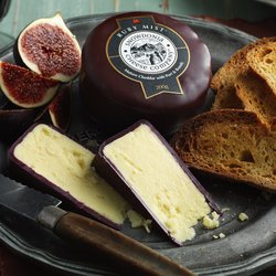 'Ruby Mist' Mature Cheddar Cheese with Port & Brandy 200g by Snowdonia Cheese Company