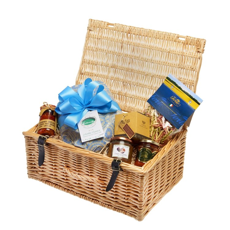 Gourmet Italian Easter Lunch Hamper Inc. Pasta, Sauce, Chocolate & Cake