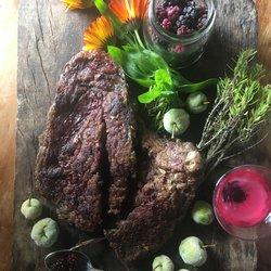 Vegan Steak - 1kg 'Venison' Style With Blackberries & Hedgerow Handbook Gin - Seitan Steak