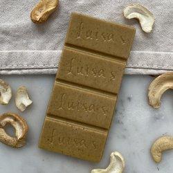 Vegan White Chocolate, Turmeric Matcha Tea & Cashew Nut Bar 'Casholate' 25g