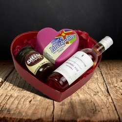 Small Heart-shaped Cheese Gift Set - Romantic Gift Set with Cheese, Chutney & Rosé Wine