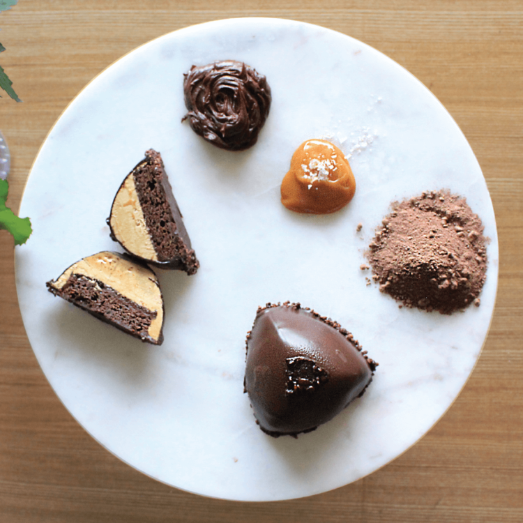 Gluten-Free Salted Caramel Chocolate Cake 4 x 91g