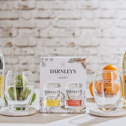 Darnley's Gin Gift Set - Includes Darnley's Original & Darnley's Spiced Gins - 2 x 20cl 40% ABV / 42.7% ABV