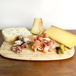 French Cheese Selection with Saucisson & Smoked Ham