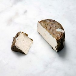 Divine Cider Washed Cheese in Vine Leaves 180g