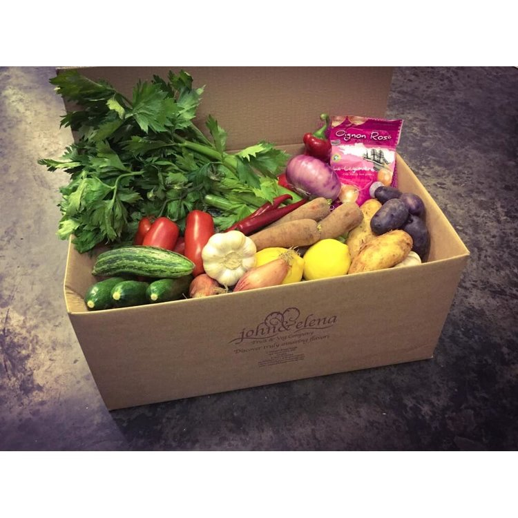 Cook's Essentials Fresh Vegetable Box (Feeds 3-5)