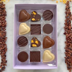'Sweet Tooth' Vegan Chocolate Truffle Gift Box by Luisa's Vegan Chocolates (12 Pieces)