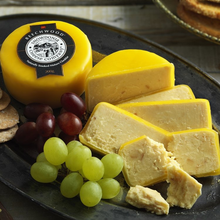 Beechwood 3 x 200g Smoked Cheddar Snowdonia Cheese
