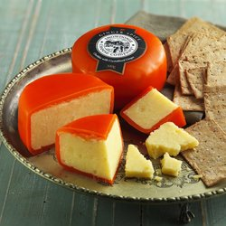 Ginger Spice 3 x 200g Medium Cheddar Snowdonia Cheese with Ginger 200g