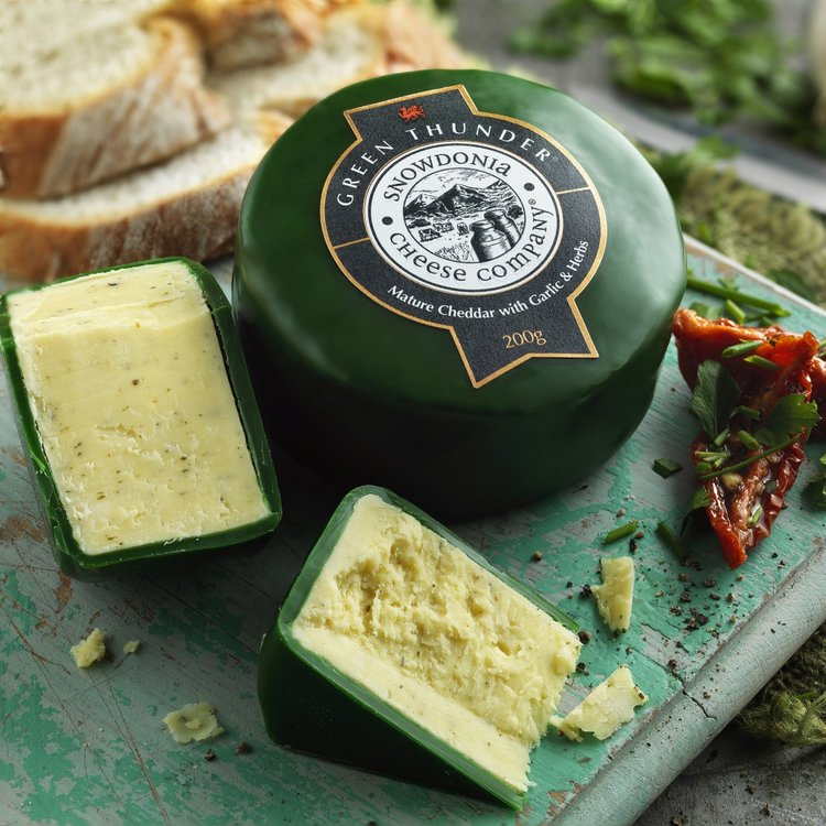 Green Thunder 3 x 200g Mature Cheddar Snowdonia Cheese with Garlic & Herbs