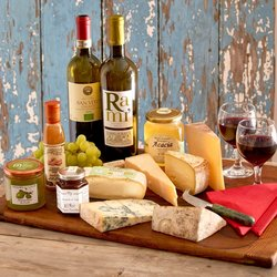 Italian Cheese and Wine Party Gift Hamper Inc. 2 Organic Wines, 5 Cheeses & Condiments