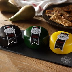 Black Bomber, Green Thunder & Beechwood Snowdonia Cheese Trio 3 x 200g