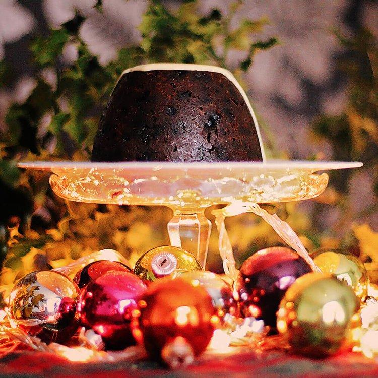 Nanna's Handmade Christmas Pudding (Large - Serves 6-8 People) 900g