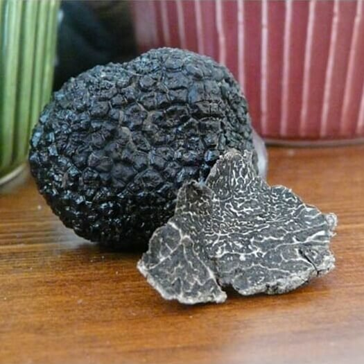 Fresh Italian Black Winter Truffles 50g