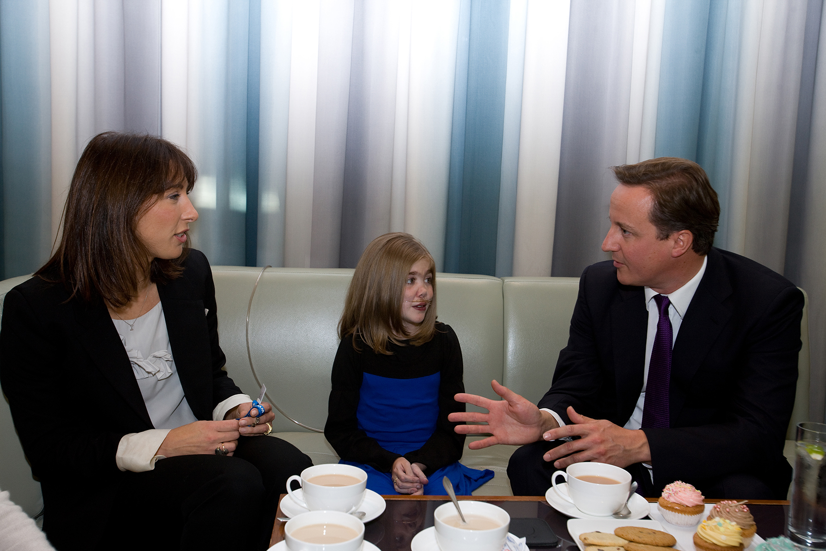 Kirsty Howard meets the Camerons