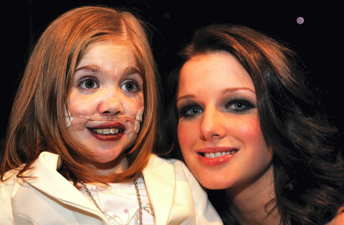 Kirsty Howard & Helen Flanagan